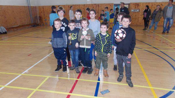 Prvý ročník Halového turnaja mladších žiakov o pohár starostu obce Dolný Ohaj